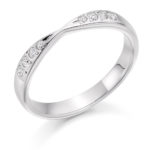 18ct White Gold Brilliant Cut Diamond Set Shaped Wedding Ring 0.15ct