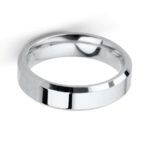 Gents Platinum 5mm Bevelled Edge Wedding Ring